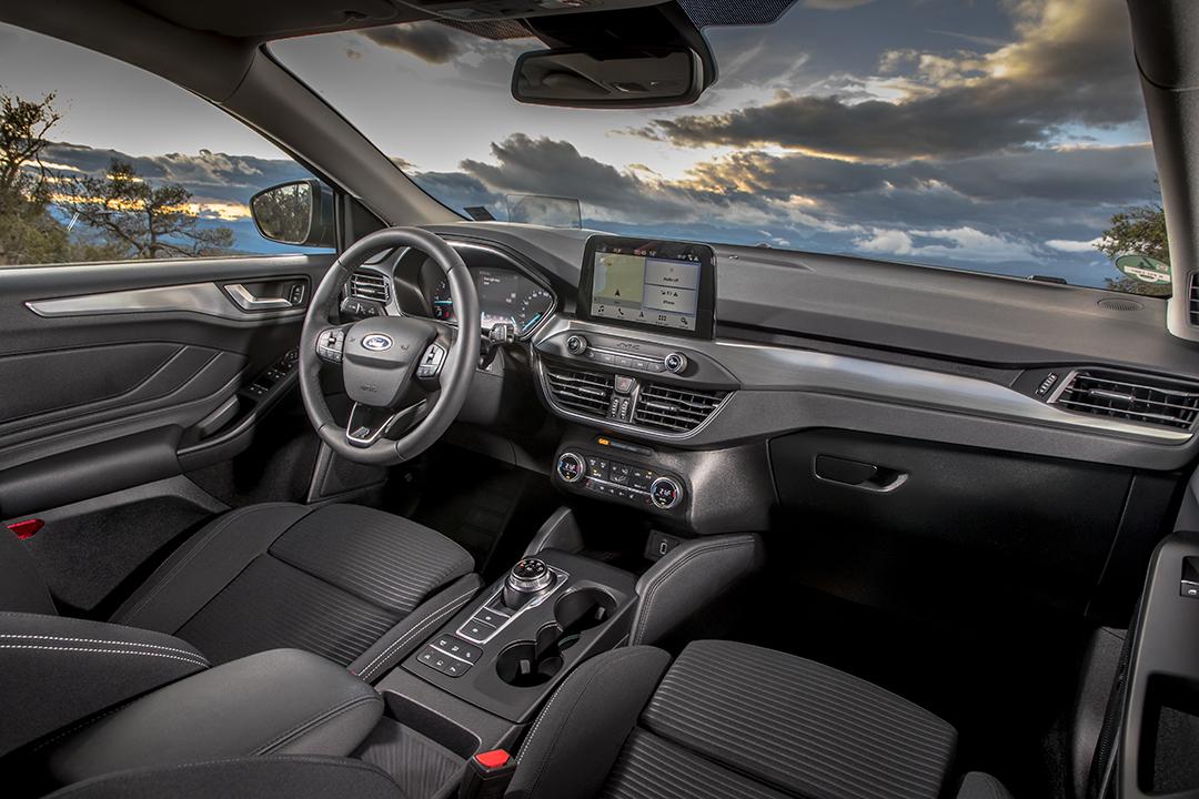 Nya Ford Focus Kombi Carplus