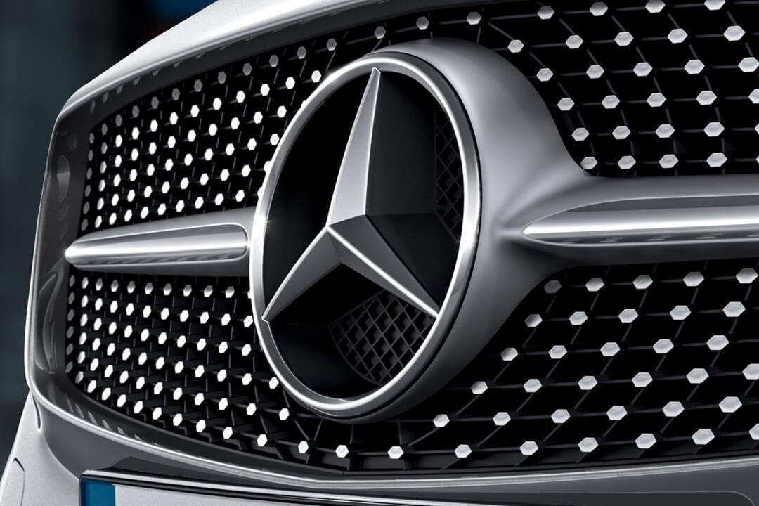 Mercedes-Benz-A-180-diamantgrill