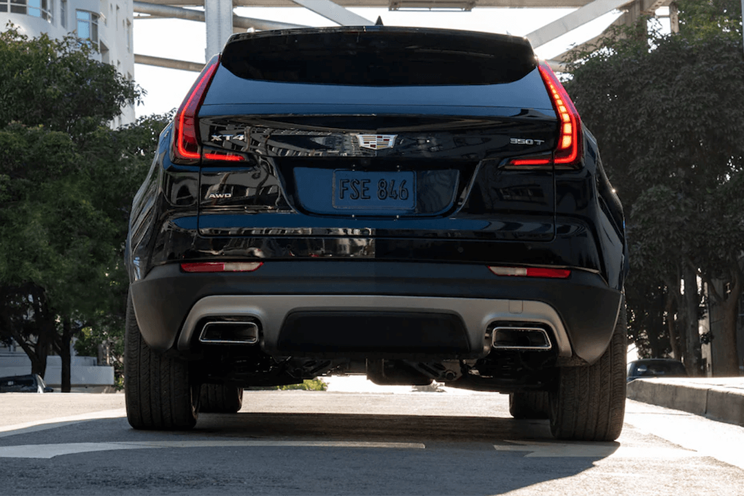 CadillacXT4-Bakifrån