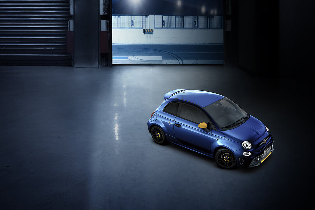 abarth-595-pista-blue-air-view