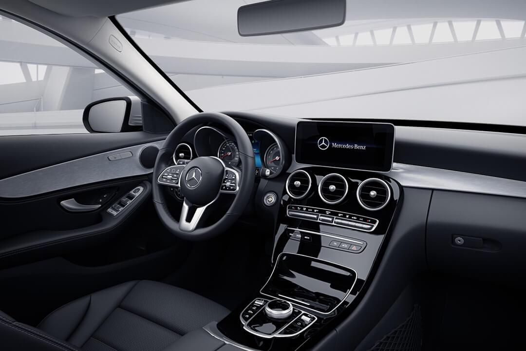 mercedes-c-klass-sedan-instrumentpanel