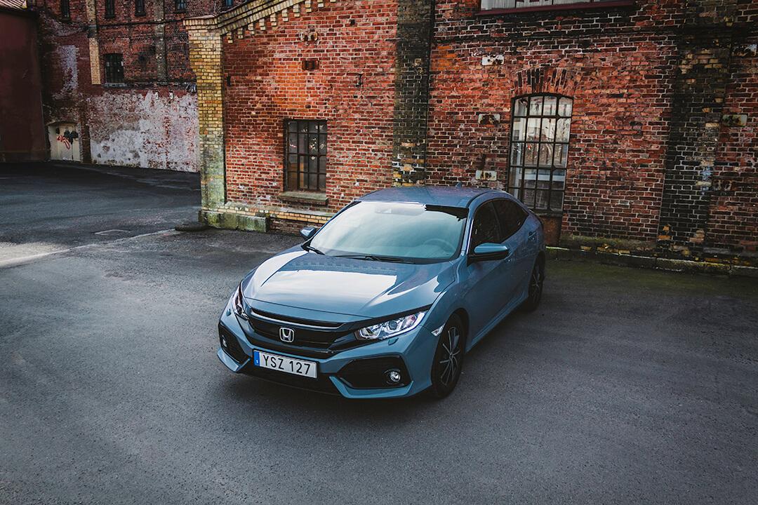 Honda-Civic-front