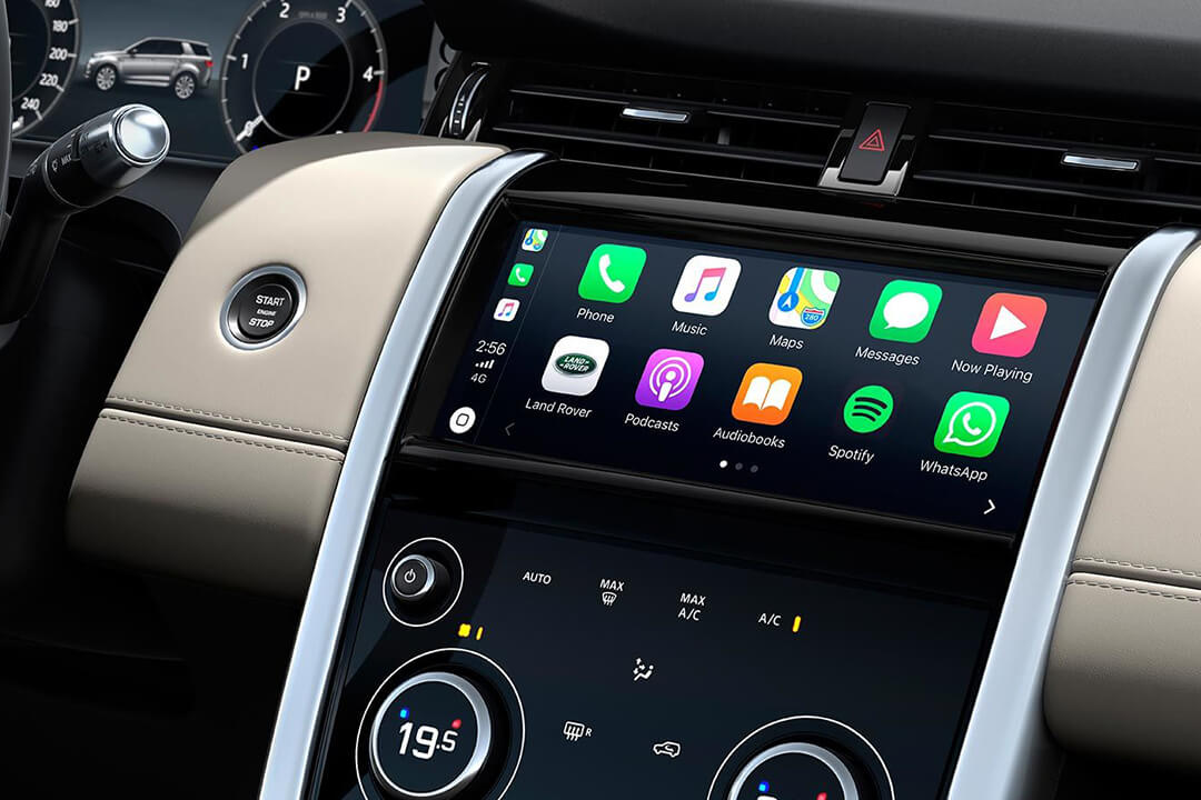 land-rover-discovery-sport-med-apple-carplay