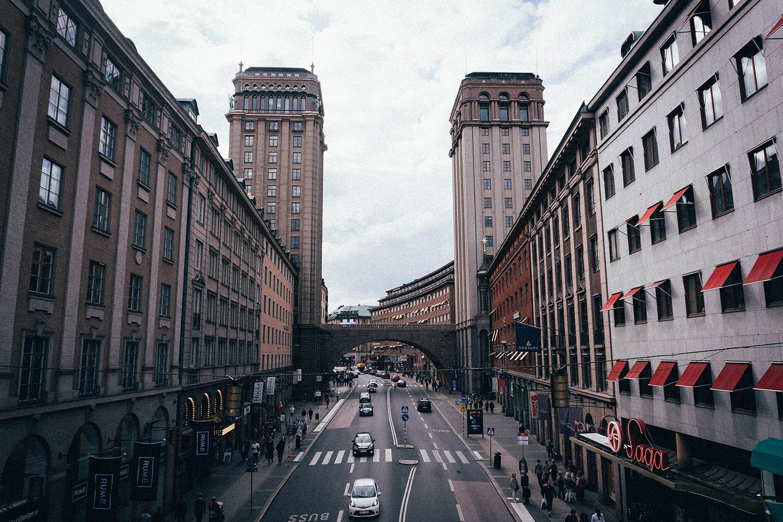 bilar-kör-i-stockholm