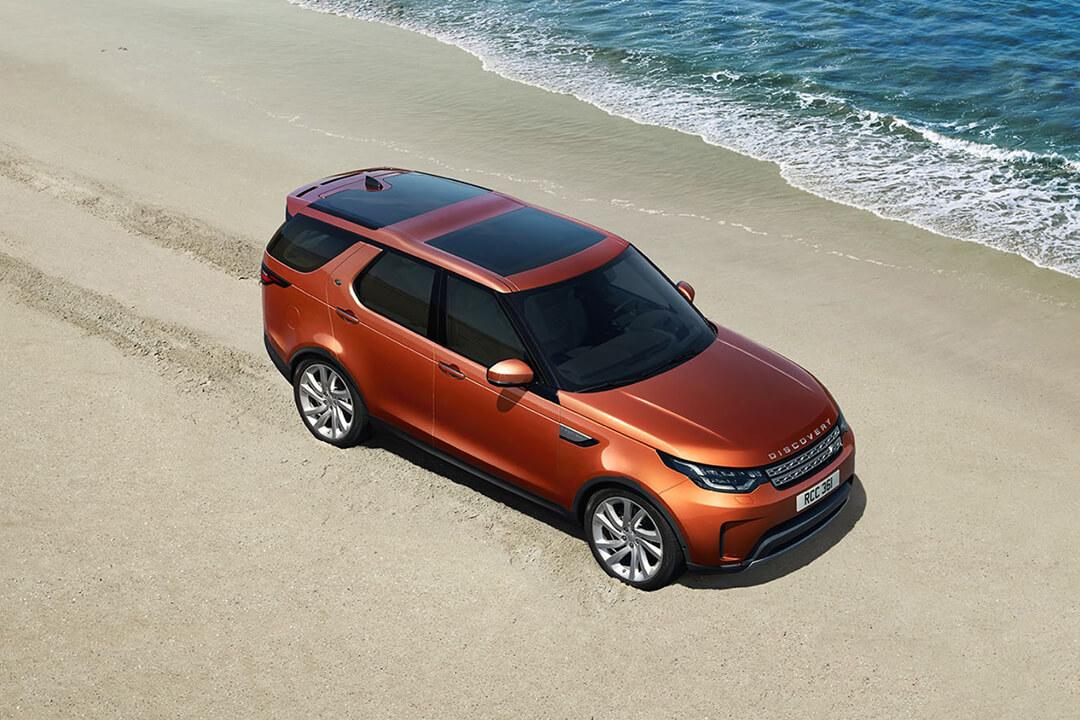 land-rover-discovery-på-stranden