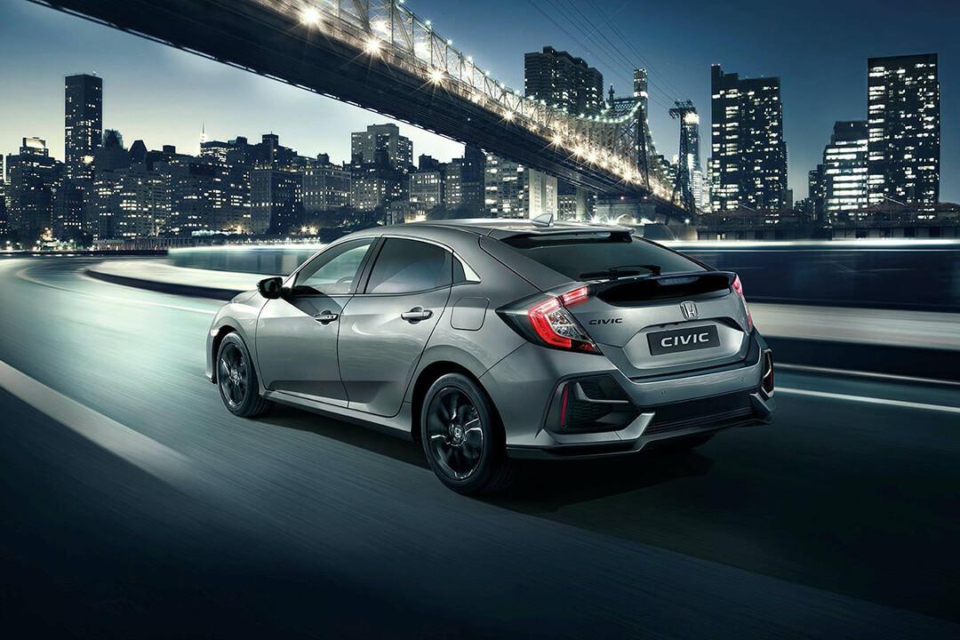 honda-civic-2020-facelift-rear