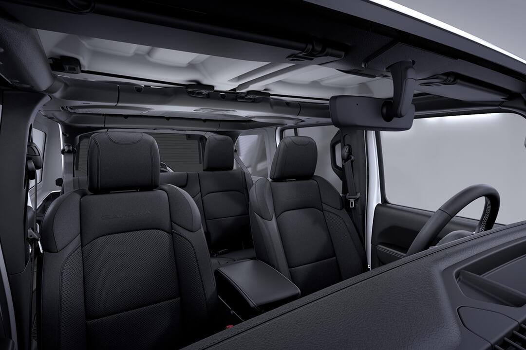 jeep-wrangler-sahara-interiör-framsäten