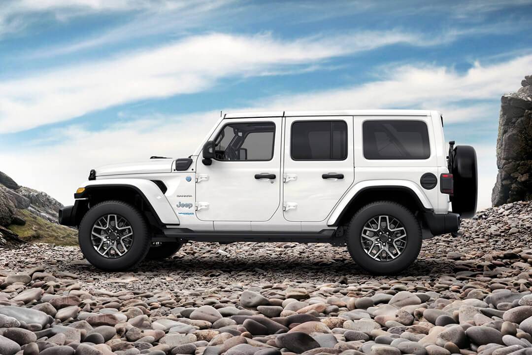 jeep-wrangler-sahara-sidan