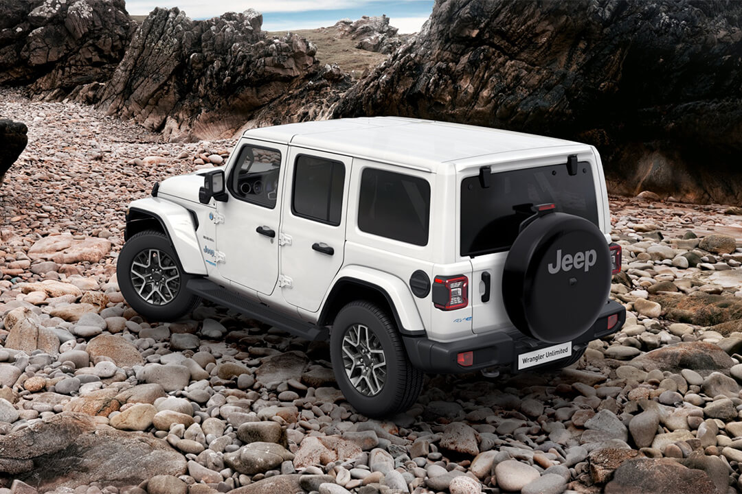 jeep-wrangler-sahara-stenstrand-baklykta